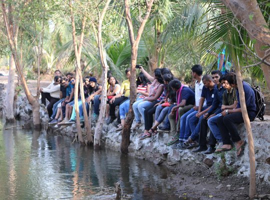 One Day Picnic Places At Meher Retreat